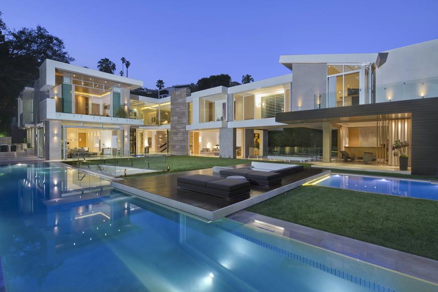 Ngôi nhà được một người theo chủ nghĩa hoàn hảo (đã thừa nhận) xây dựng