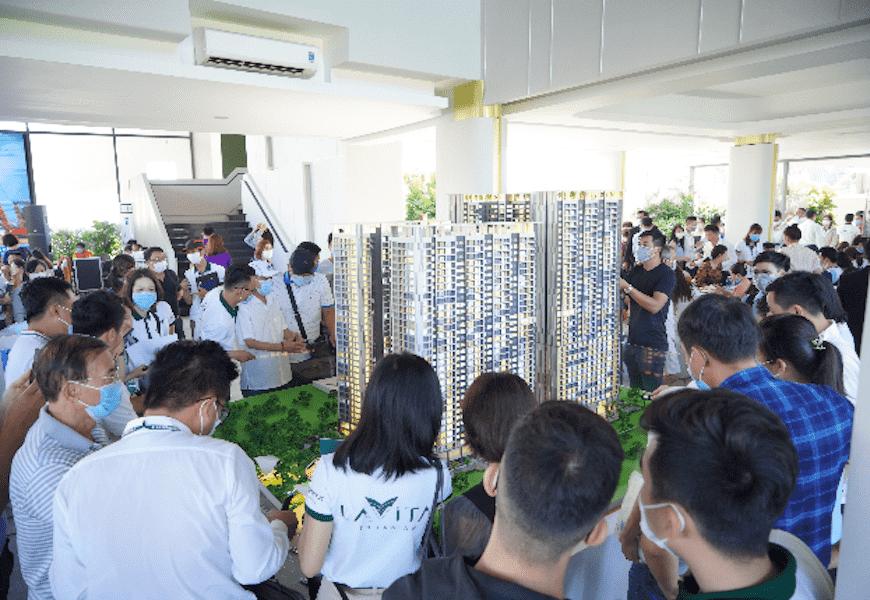 Lavita Thuan An thu hút sự quan tâm của đông đảo khách hàng.