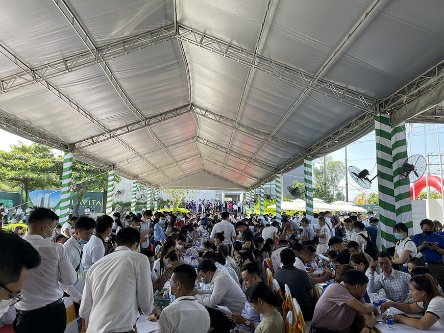 Sự kiện diễn ra tại Phòng Kinh doanh dự án Lavita Thuan An tại vị trí mũi tàu Đại lộ Bình Dương (Quốc lộ 13) - Nguyễn Thị Minh Khai, P.Thuận Giao, TP.Thuận An, T.Bình Dương