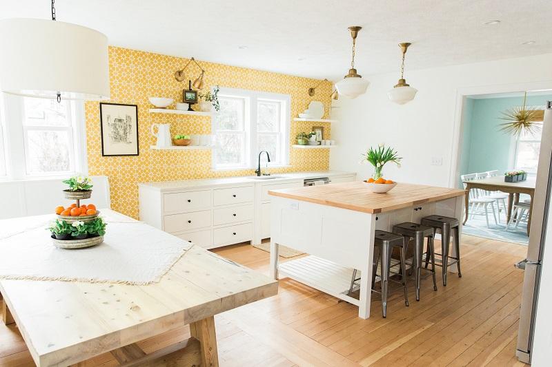nhà bếp màu vàng tươi vui