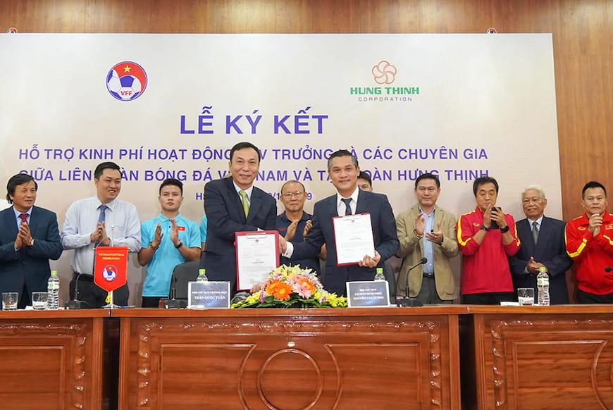 Tập đoàn Hưng Thịnh và Chủ tịch Nguyễn Đình Trung vinh dự nhận bằng khen vì có nhiều đóng góp cho thể thao nước nhà