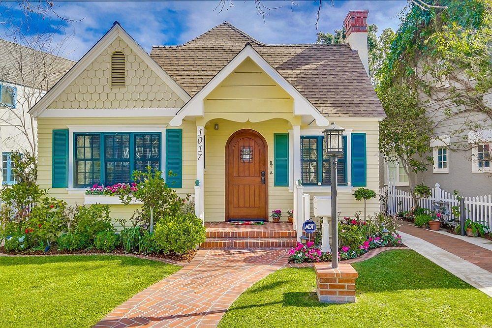 Cách dễ dàng để sơn ngoại thất ngôi nhà của bạn