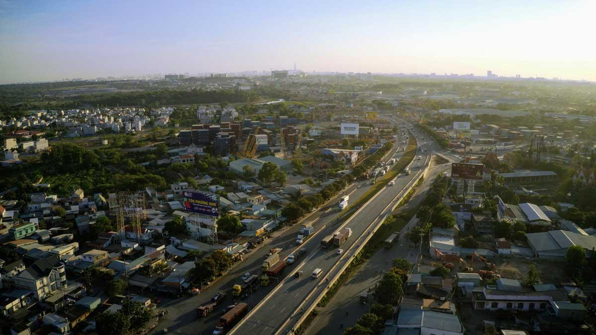 Khu vuc cau vuot Tan Van o cua ngo TP.HCM ngay cang co nhieu xe luu thong huong ve Dong Nai va Ba Ria Vung Tau - Năm 2021 khởi công Dự án xây dựng cầu Nhơn Trạch nối TP.HCM và Đồng Nai