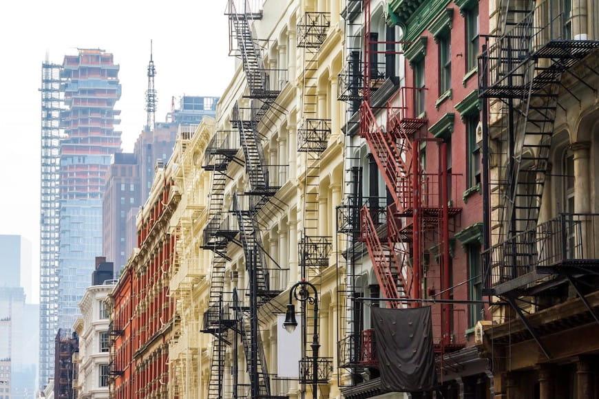 Giá thuê tăng, lương trì trệ và gánh nặng về nhà ở không ổn định