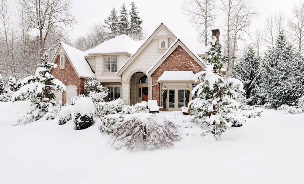 Bạn có được bảo hiểm nếu băng tuyết làm hư hại ngôi nhà của bạn không?