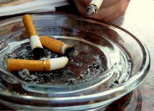 Làm thế nào để loại bỏ mùi khói trong nhà của bạn