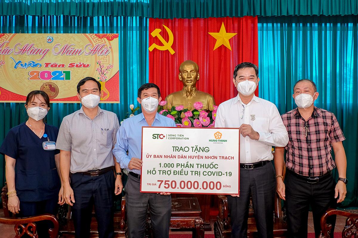 Tập đoàn Hưng Thịnh cùng Sông Tiên Corporation trao tặng 1.000 phần thuốc điều trị Covid-19 cho huyện Nhơn Trạch, tỉnh Đồng Nai – Tập đoàn Hưng Thịnh